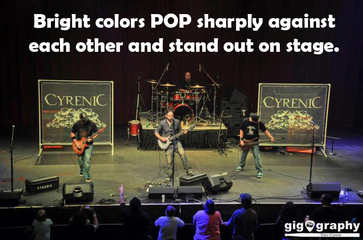 bright colors pop on stage backdrops (2)